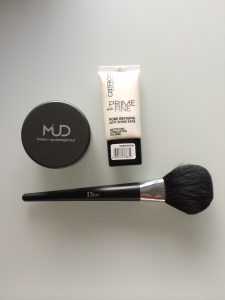 Catrice primer and MUD loose powder