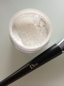 MUD Loose Powder Dior borstel