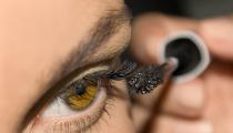 6 make-up tips tegen een vermoeide blik