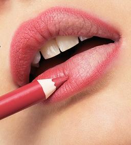 Tips voor vollere lippen - Lipliner