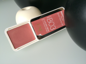 UNE creamy blush review
